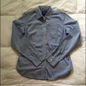 American Eagle Favorite Button Down Shirt Striped